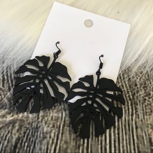 H&M Earrings Palm Leaves Black Hook New